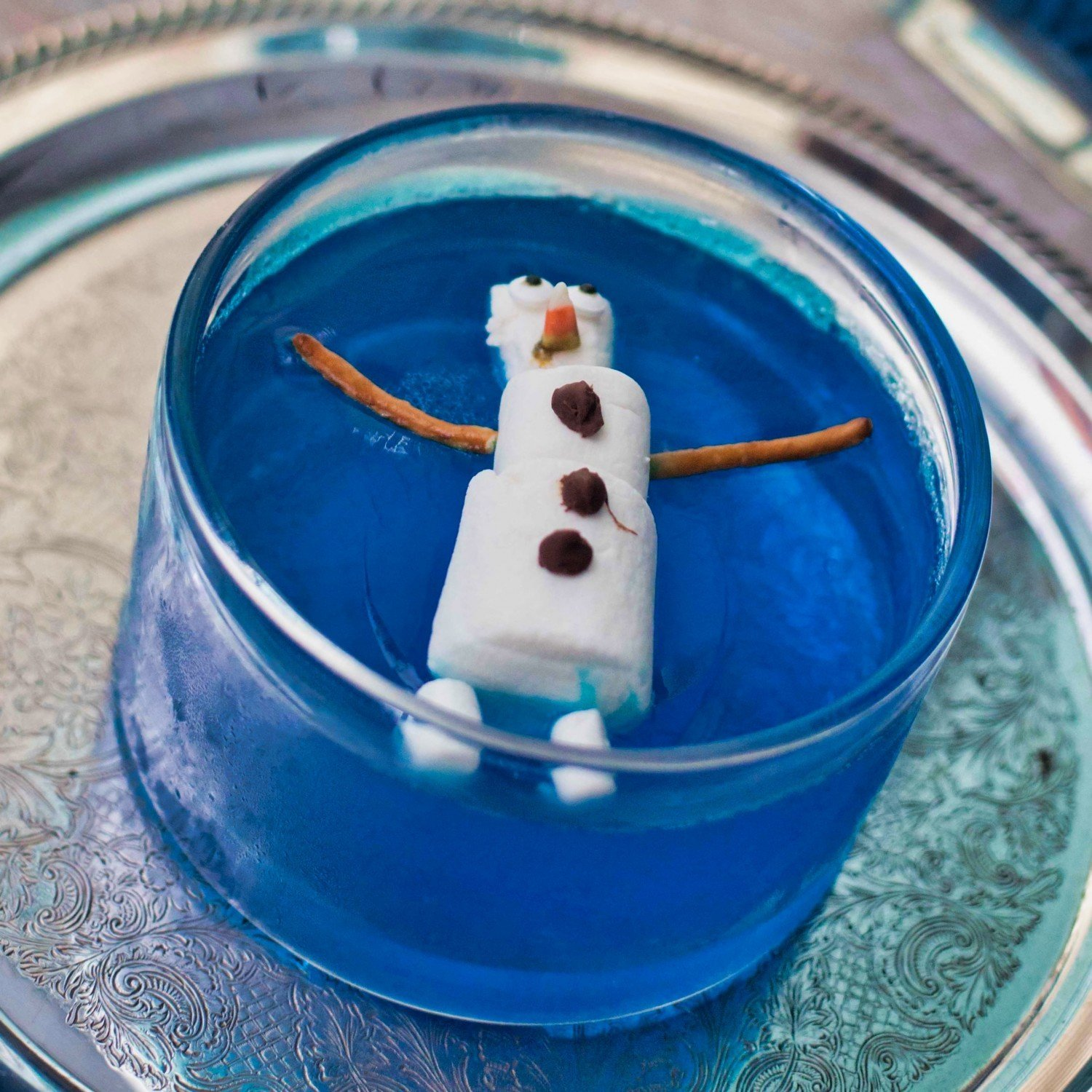 Jello bowl with Olaf made from marshmallows floating