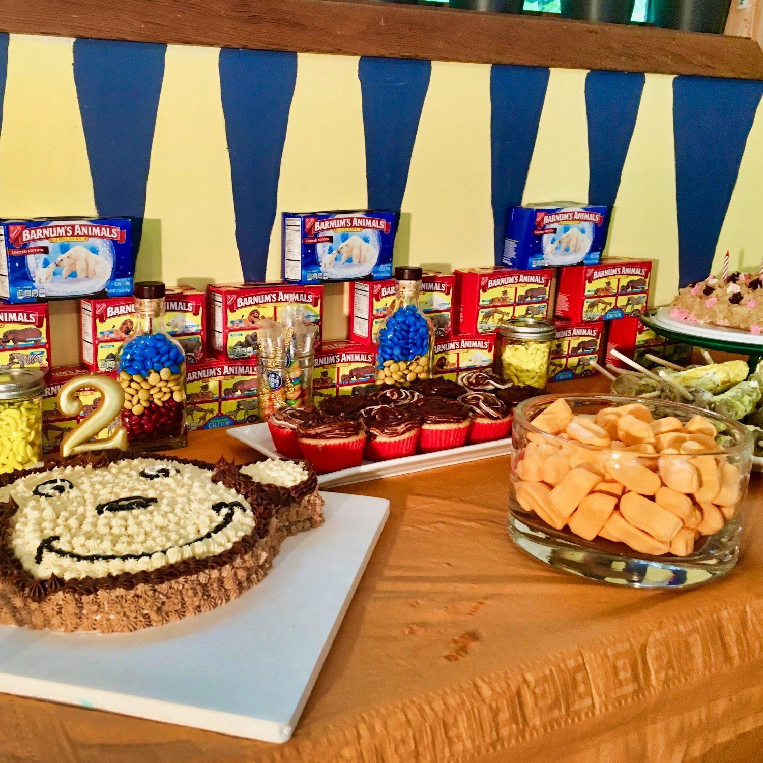 curious george diy birthday party snack bar