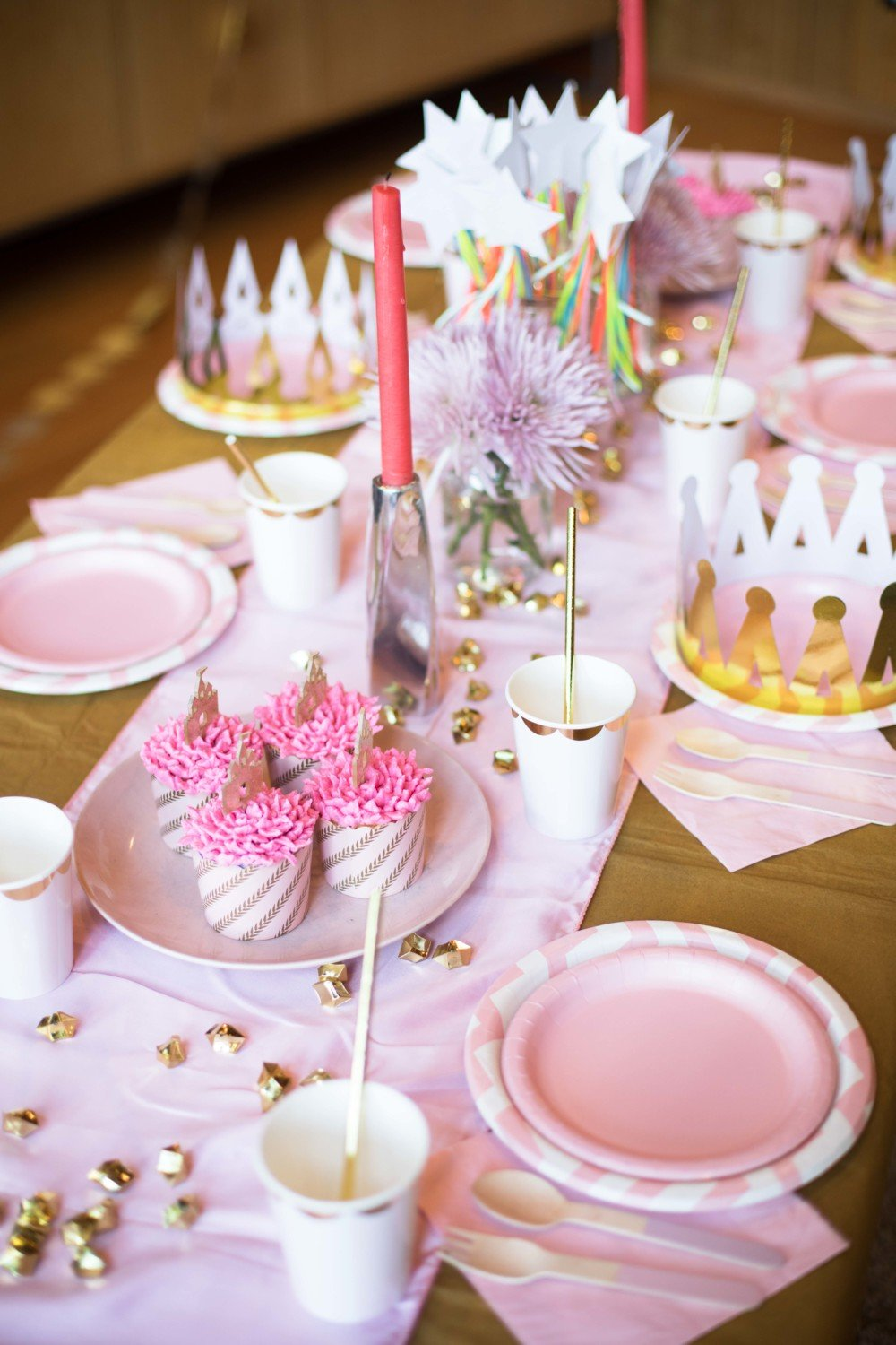 Princess Party Theme Table Setting - Kiki Boxes