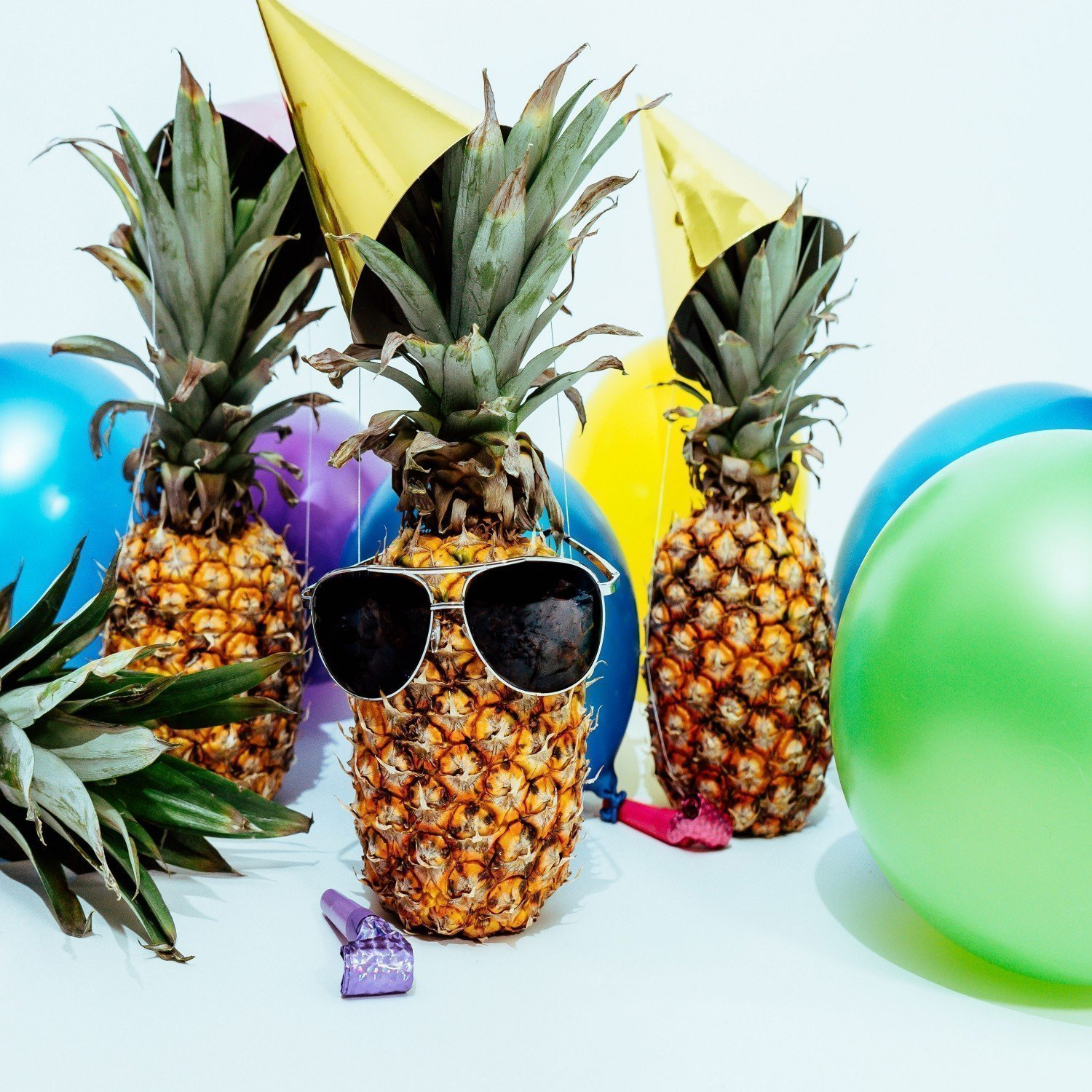 plenty of party room for party pineapples